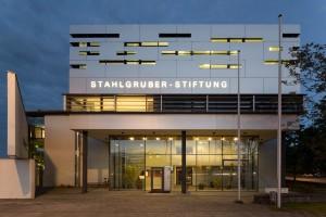 Fassade_Stahlgruberstiftung